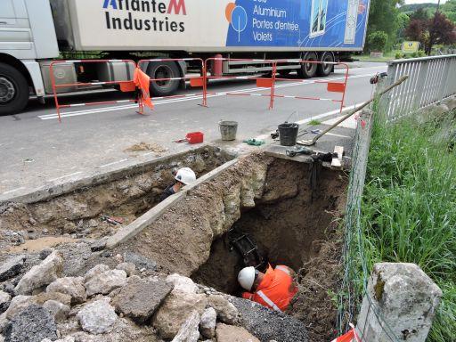 Réparation d'une fuite sur la conduite d'eau qui vient du Rançon